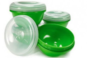 plastic_containers_featured_305x205-300x201