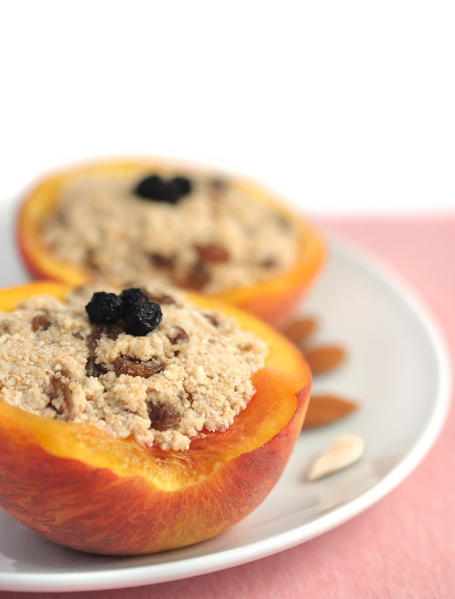 peaches-with-almond-filling-01