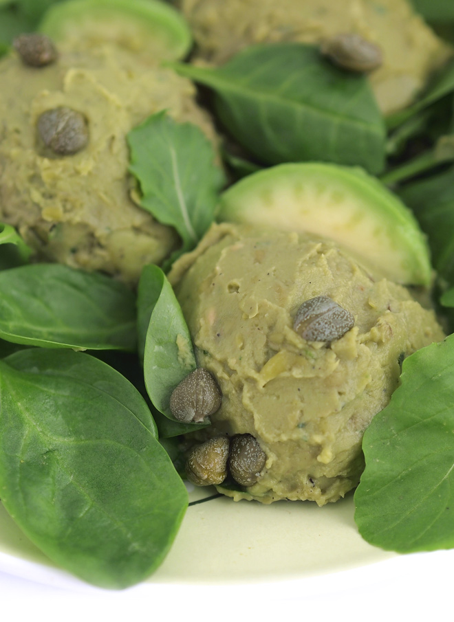 fresh-salad-with-pea-pesto-01
