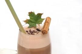 Какаово-лешникова сгряваща напитка